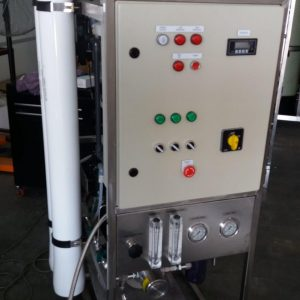Seawater Reverse Osmosis Pilot System 250 little per hour